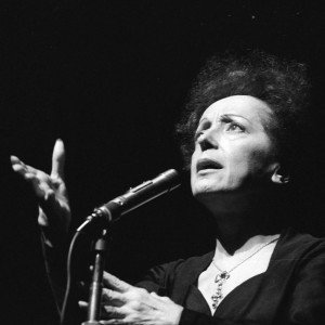 FRANCE - 1961:  Edith Piaf (1915-1963), French singer. Paris, Olympia, in January, 1961.  (Photo by Lipnitzki/Roger Viollet/Getty Images)